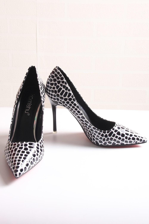 黑白石头纹高跟鞋