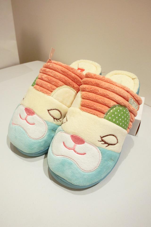 韩版可爱闭眼睛猫咪棉拖鞋