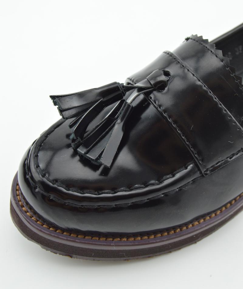 学院风流苏黑色小皮鞋