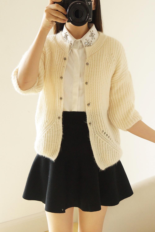 铆钉猫毛短款时尚甜美毛衣开衫