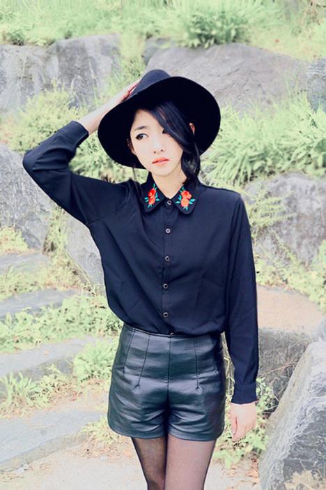 精致立体花朵刺绣衬衫