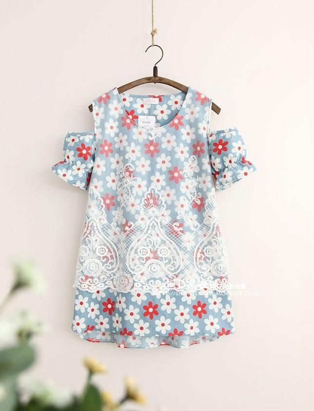 网纱刺绣花朵短袖露肩娃娃连衣裙