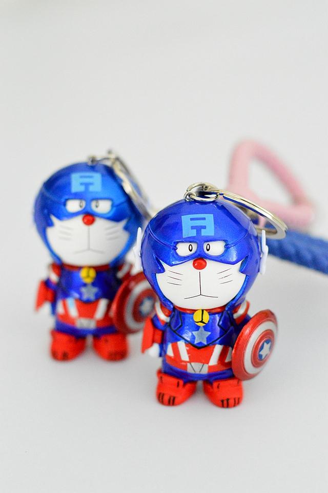 商品描述 超萌~~超酷队长版蓝胖子,胖子身长7cm,非常的可爱,也可用