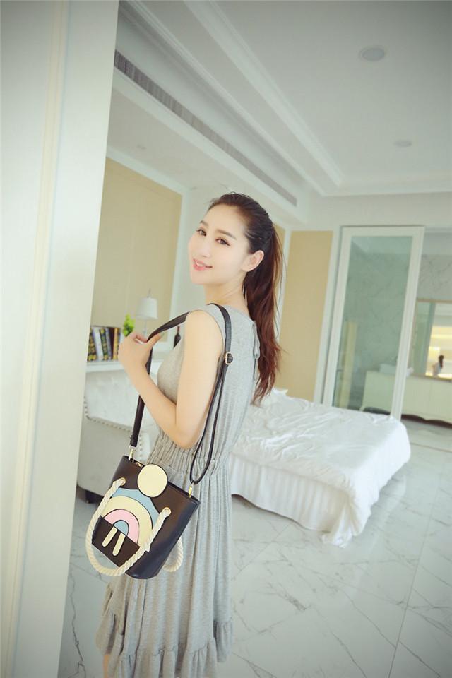 少女meibao_关注本店并且加店主微信xiaoxiaomeibaoguan或qq1728711797即可领取3