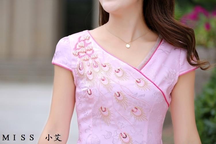 【孔雀花纹钉珠旗袍】-婚纱/礼服/旗袍