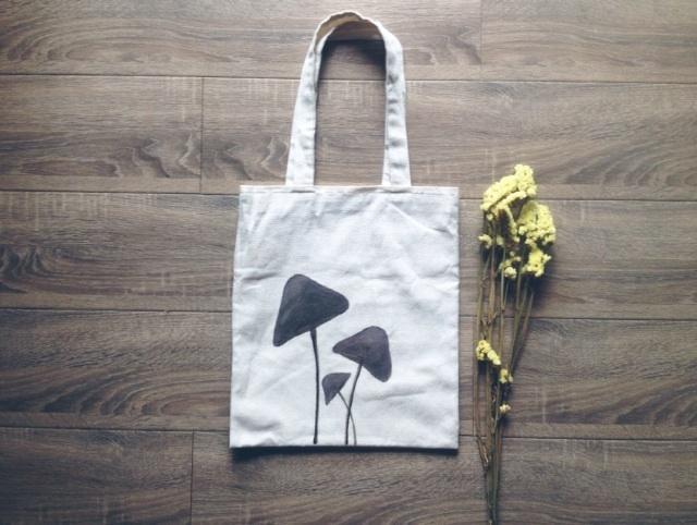 做一只蘑菇 手绘帆布包系列大-来自蘑菇街优店