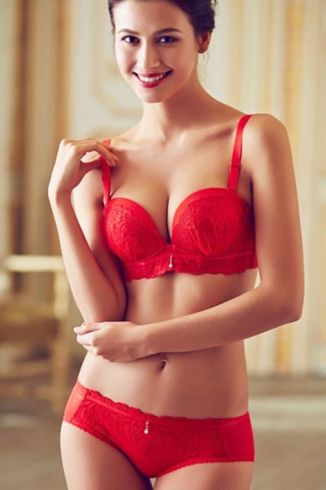 美女日单甜美花边蕾丝红色内衣套装