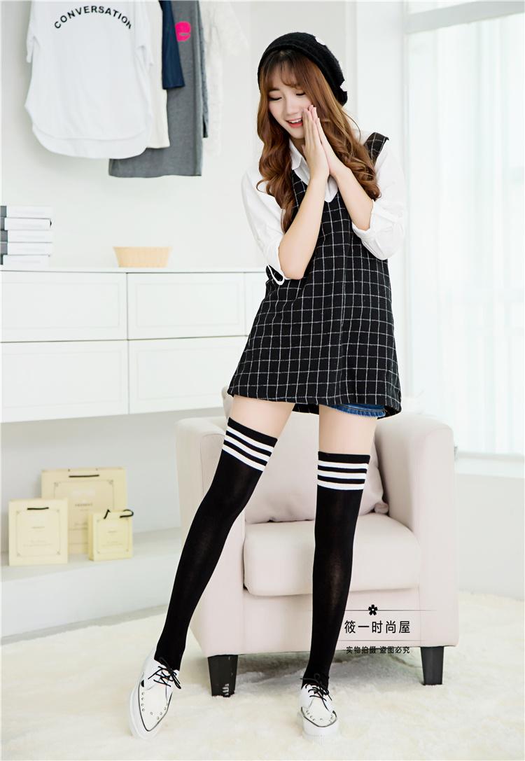 日系学院风三条杠过膝袜 百搭显瘦长筒袜 纯棉半截高筒袜子