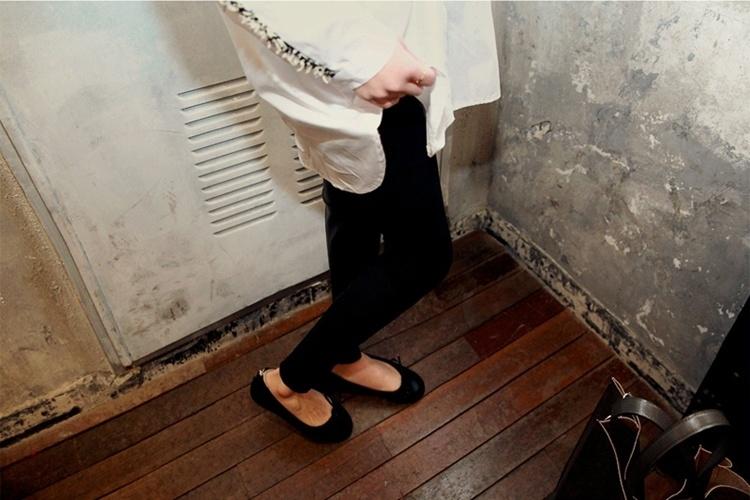 【文艺范花边宽松衫衬衣】-衣服-服饰鞋包