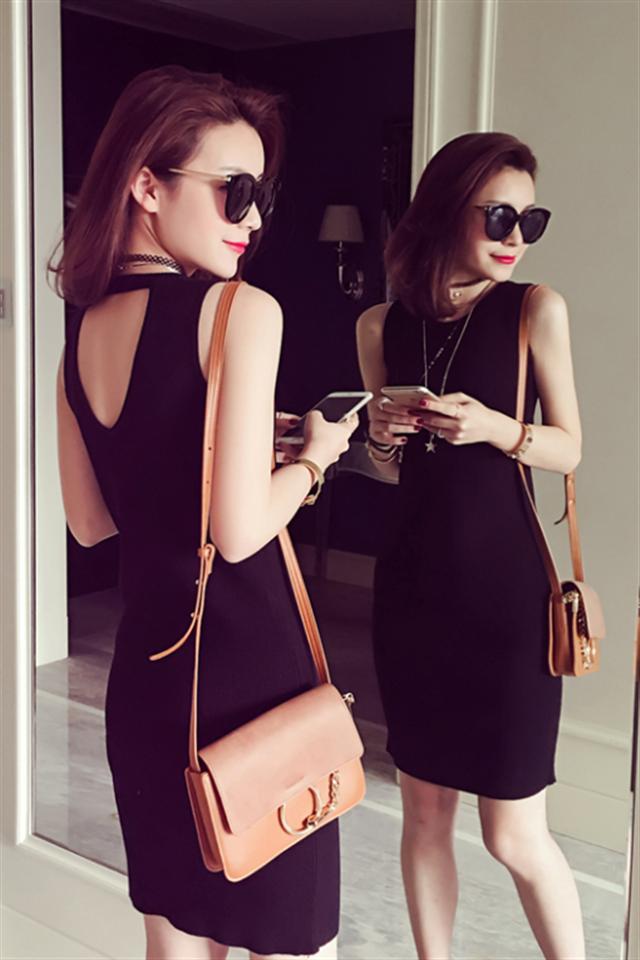 【显身材后背设计针织修身性感连衣裙】-衣服-裙子